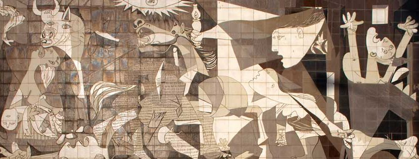 "14 Merkmale des Faschismus - Mural of the painting ""Guernica"" by Picasso via Wikimedia Papamanila CC BY-SA 3.0"